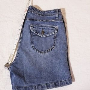 Vintage Lee high rise jean shorts sz 12